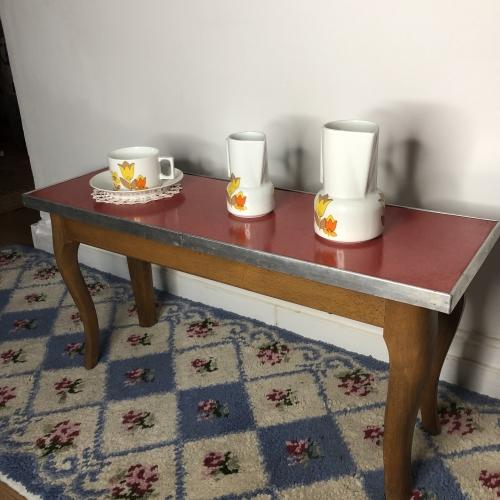 Meuble en bois et formica rouge (années 50, rare)